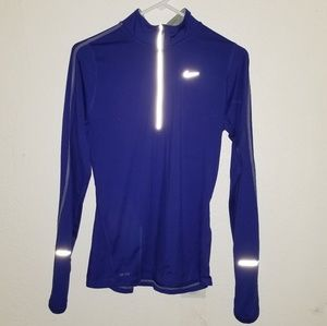 NIKE   Element 1/2 Zip Long Sleeve Running Shirt